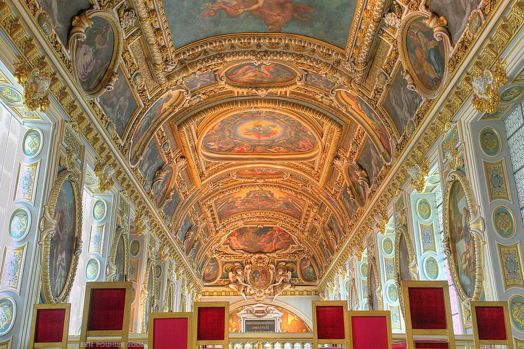 Нажмите на изображение для увеличенияНазвание: Chapelle_du_chateau_de_Fontainebleau.jpgПросмотров: 9Размер:388.0 КбID:40501